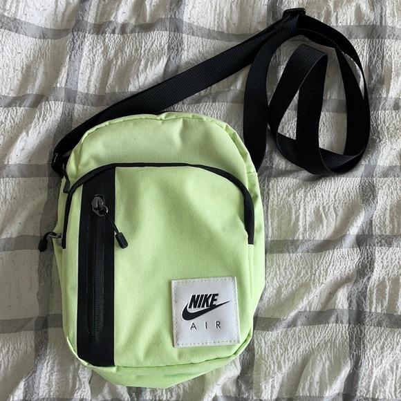 Nike Air Crossbody